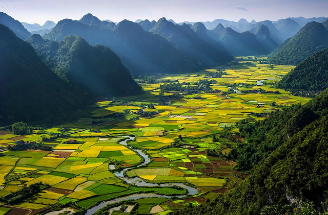 Долина Бэк Сын в Вьетнаме