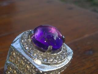 batu kecubung ungu amethyst
