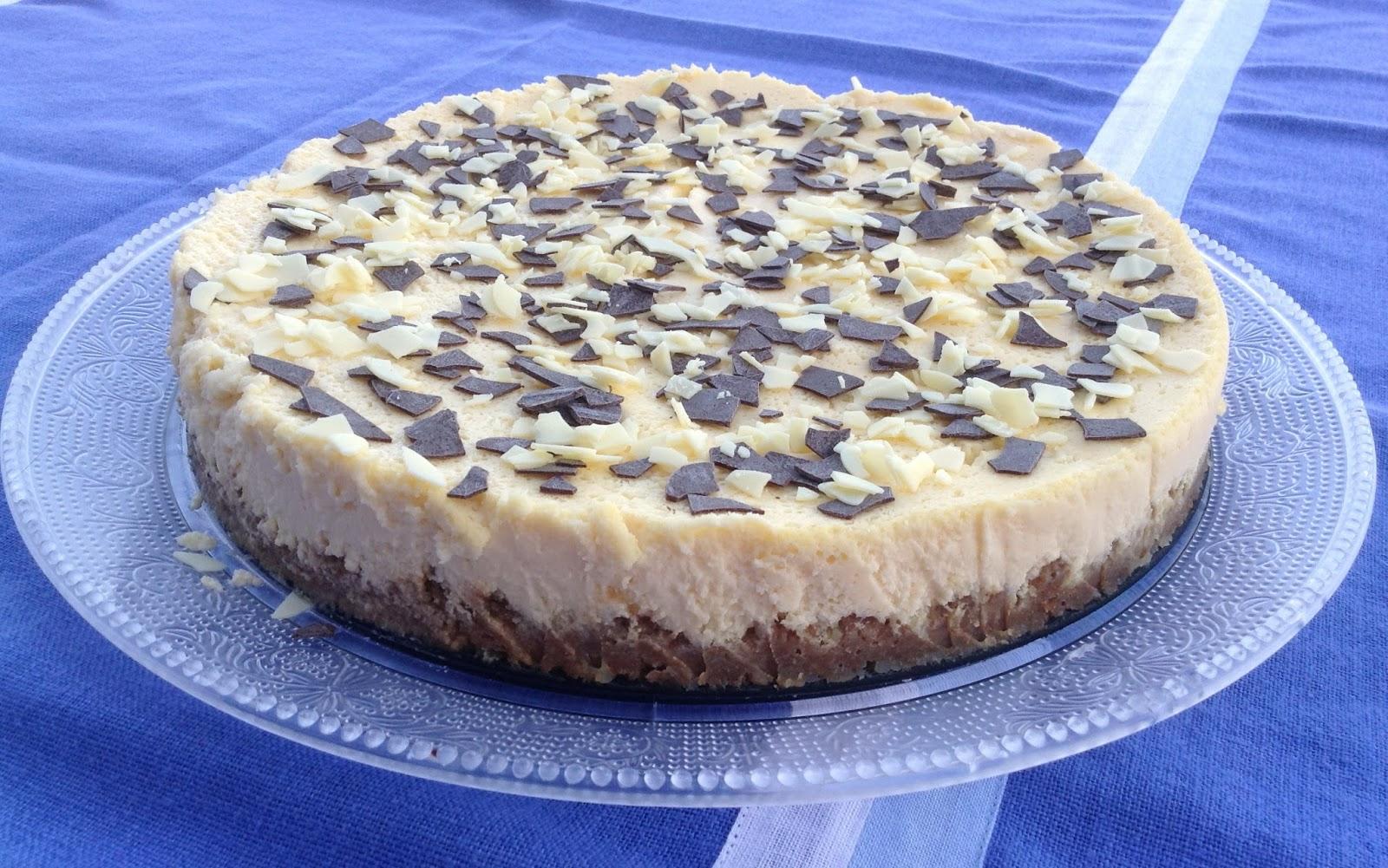 Tarta de queso y chocolate blanco con manzanas caramelizadas