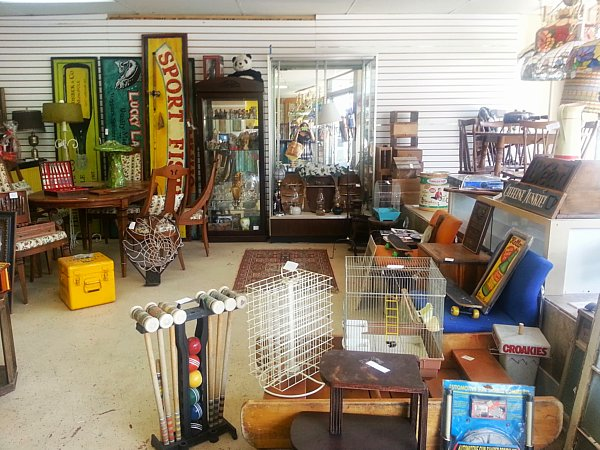 Man Cave Store Dixie Mall : Ugly junk a new retro antique store after my ecclectic