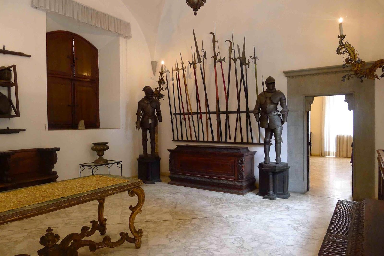 Castello di Vincigliata - Armory