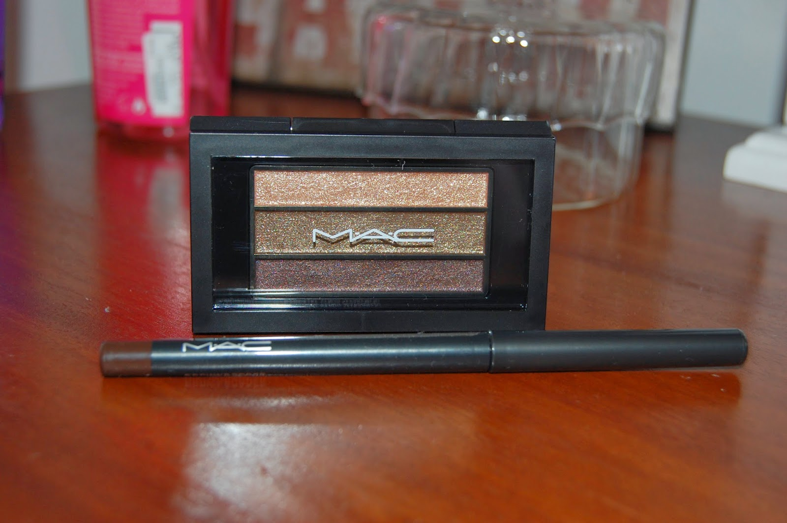 mac, eyeshadow, palette, eye make up, eye liner