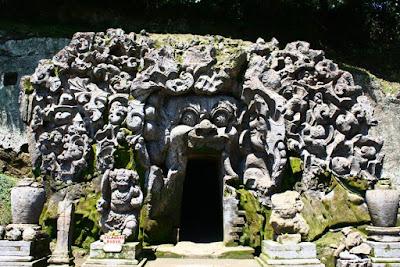 Bali Travel: The Beauty of Elephant Cave (Goa Gajah), Gianyar