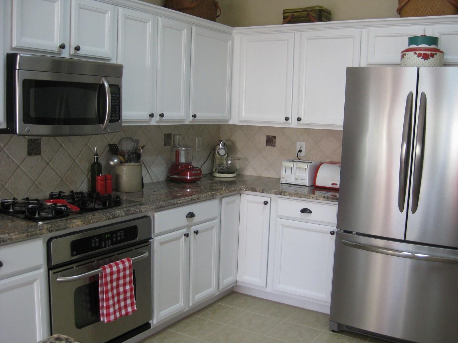 Brookhollow Lane Kitchen Cabinet Makeover