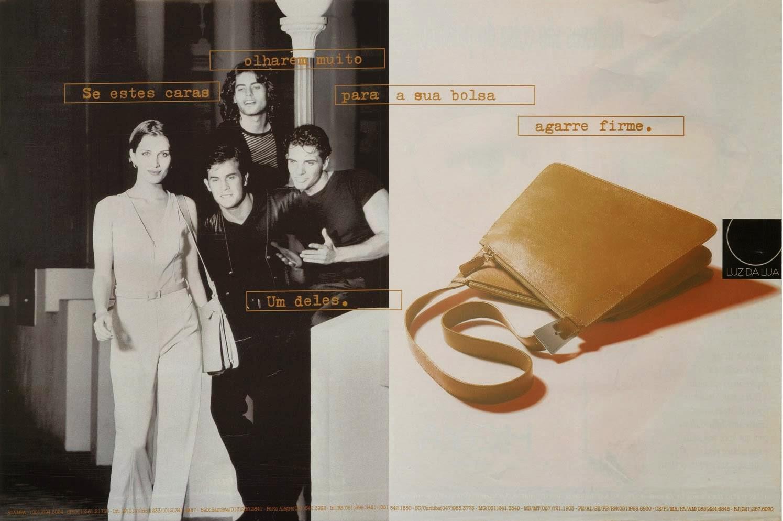 Propaganda da Bolsa Luz da Lua em 1997 com três jovens perseguindo uma garota.
