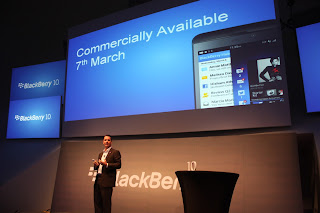 february 2013 the tech revolutionist blackberry 10 is graced with instagram 320x213