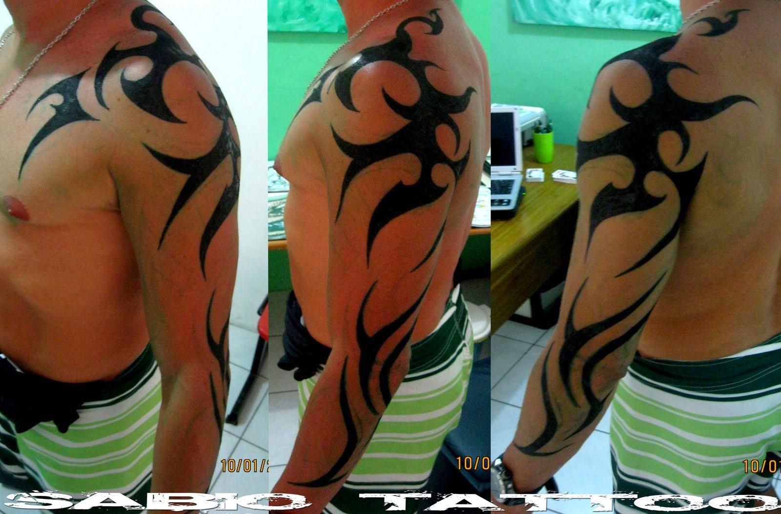 tattoos art braço e ombro