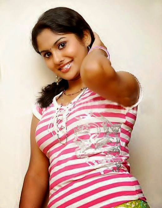 Very Hot and Cute Indian Unknown Girls Photo