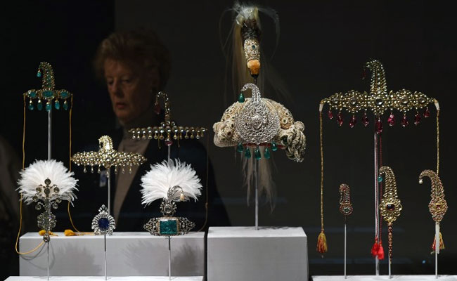 'Italian Job': Jewels Worth Millions Of Euros Stolen From Italy Palace