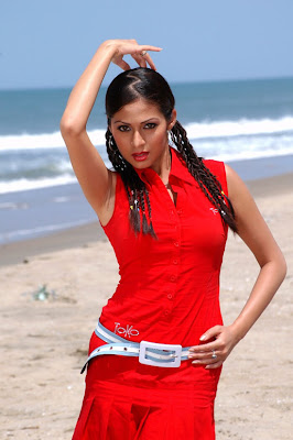 Sada Hot Spicy in Red Photos