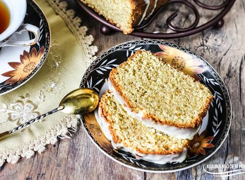 Ciasto imbirowe z cytrynowym lukrem