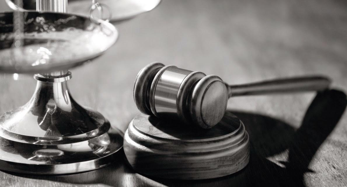 Poder judicial y Derecho Constitucional