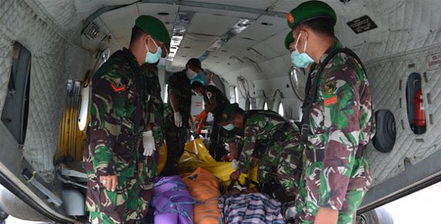 TNI-AD Berhasi Evakuasi 11 Jenazah di Sinak Papua