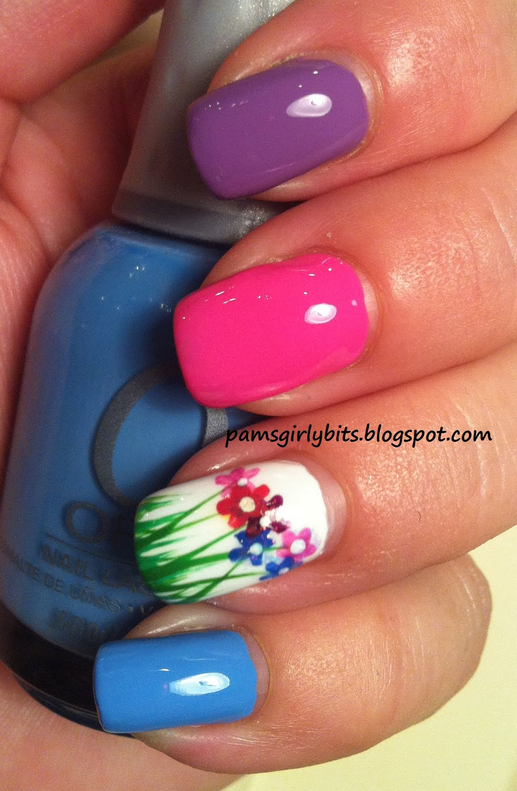 Girly Bits Flowers in the grass nail art