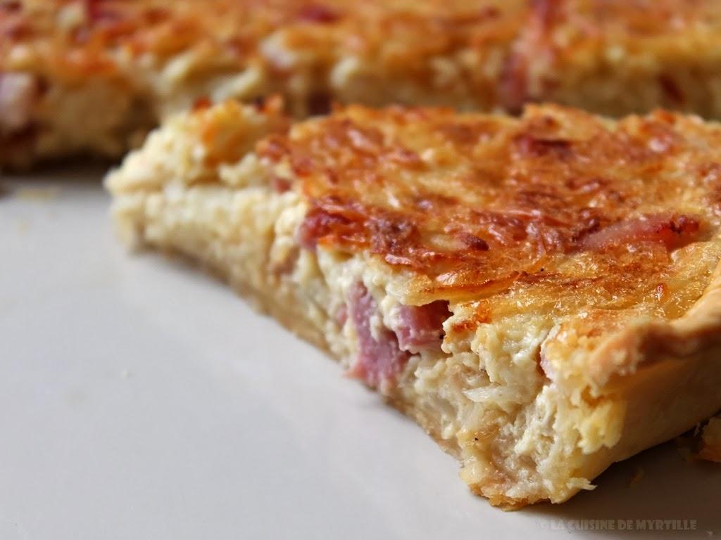 Voir la recette de la quiche aux oignons, lardons et moutarde (La Cuisine de Myrtille)