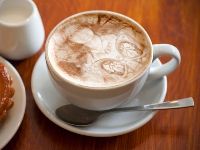 COFFEE EVERYONE!