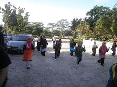 Senaman Di Luar Masjid