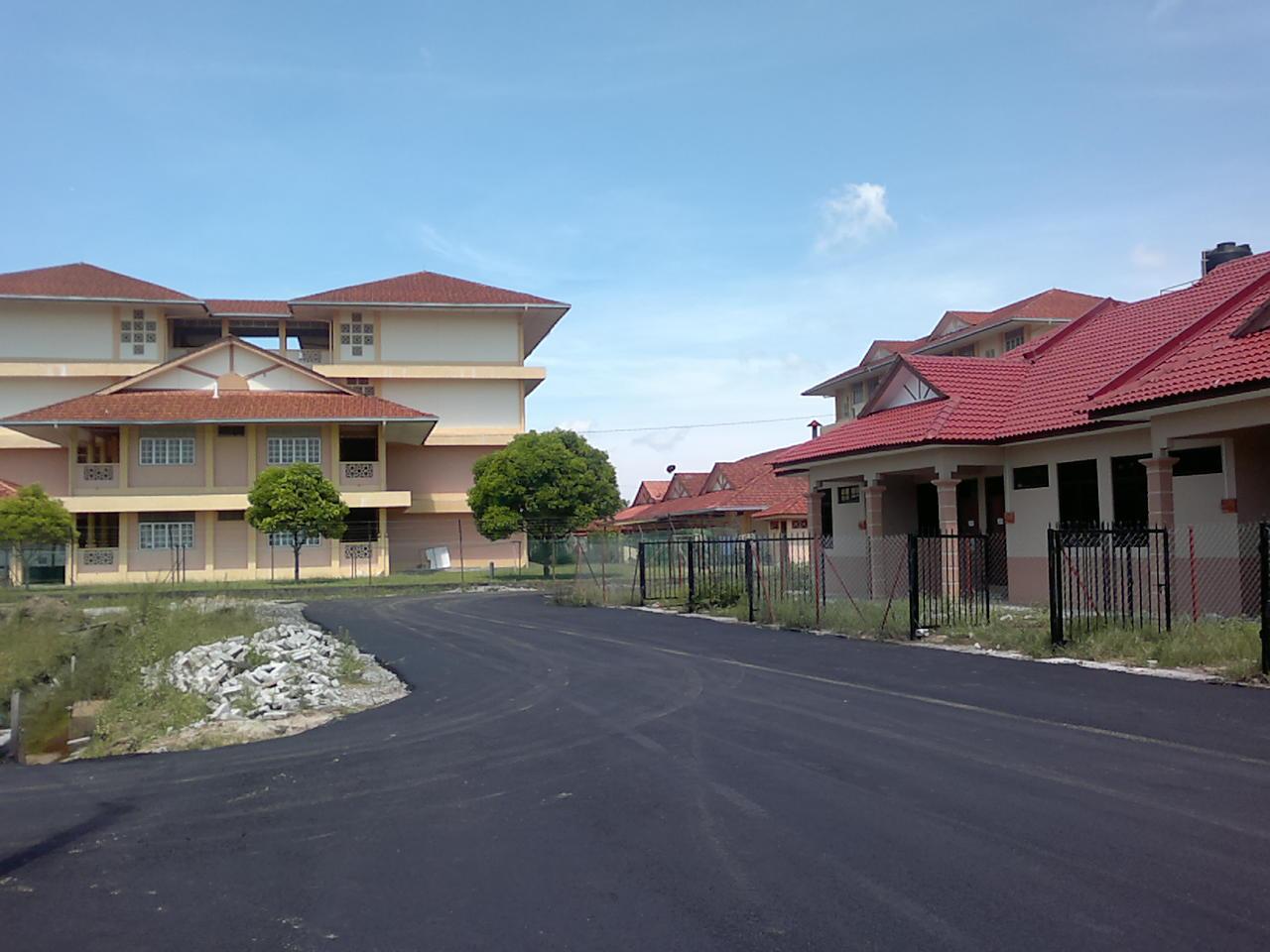 Gambar terbaru Taman pinggiran Universiti Bachok