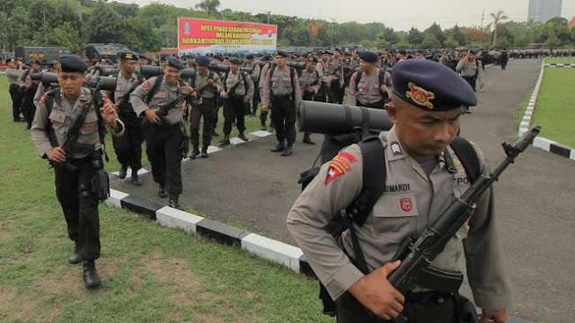 Polsek Diserang, Dua Regu Brimob Dikirim ke Sinak Papua