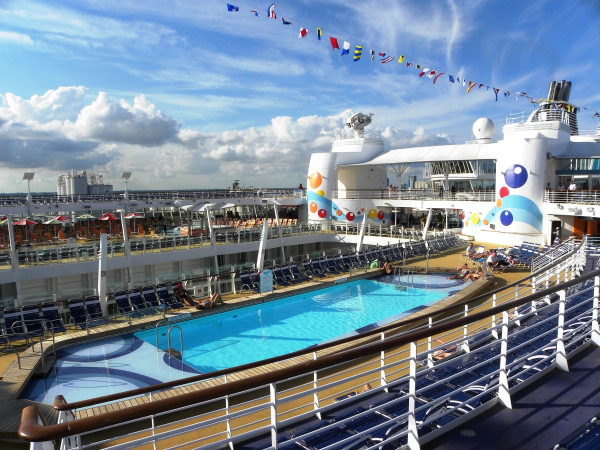 Royal caribbean | Oasis Of The Seas | Amazing Places ... Oasis Of The Seas