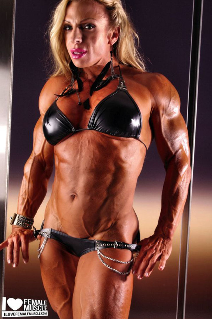 Debi Laszewski Posing Her Ripped, Muscular Body In A Black Bikini