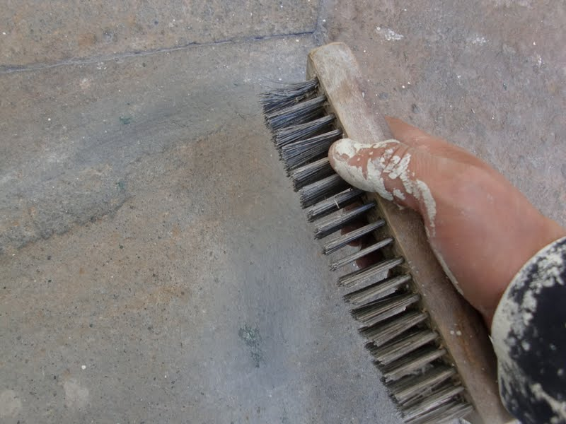 Aprende con tu amigo luis quitar pintura del suelo de piedra - Como quitar rayones en el piso de ceramica ...