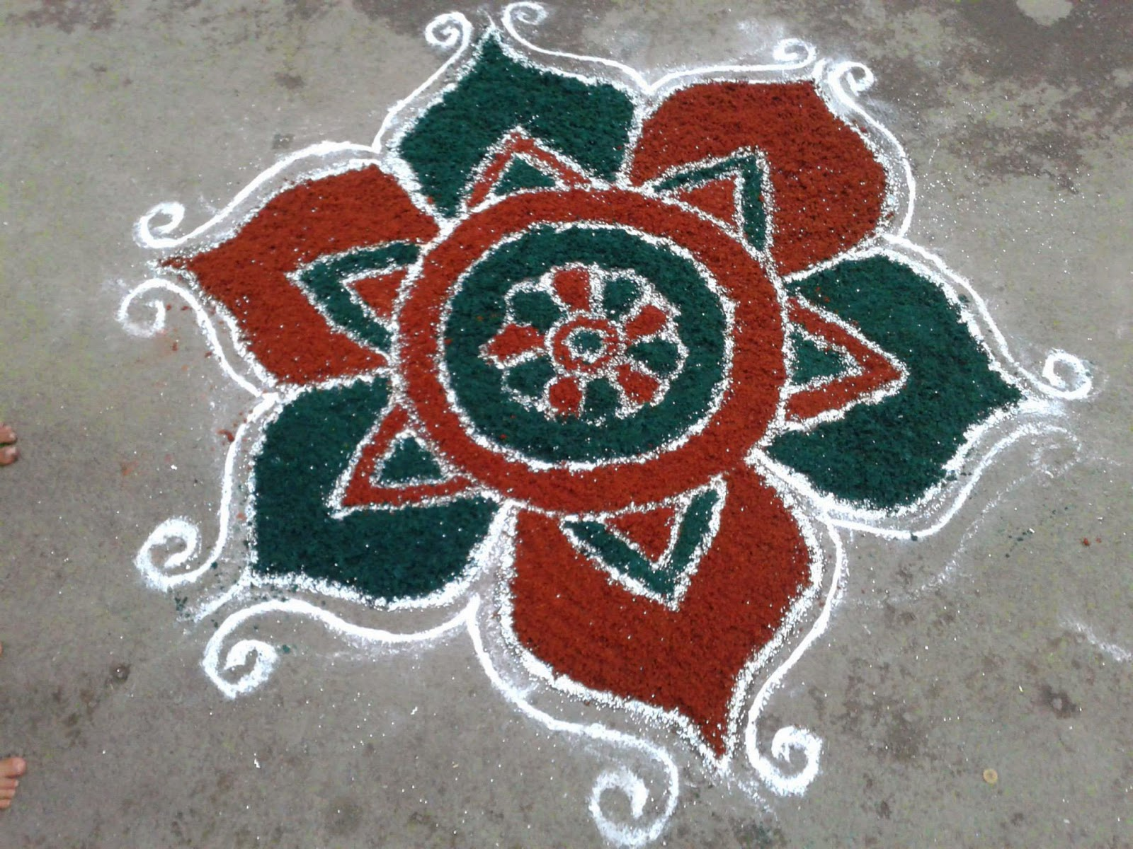 Easy Rangoli Designs 12