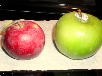 Apple size comparison