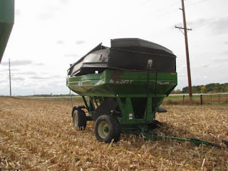 Brent 744 grain cart