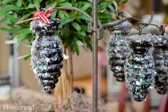 DIY glittery, snowy pinecones www.homeroad.net