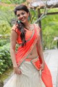 Kajal Agarwal latest glamorous photos-thumbnail-1