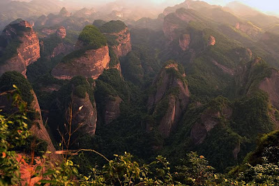 (China Danxia) - Mount Langshan in Human