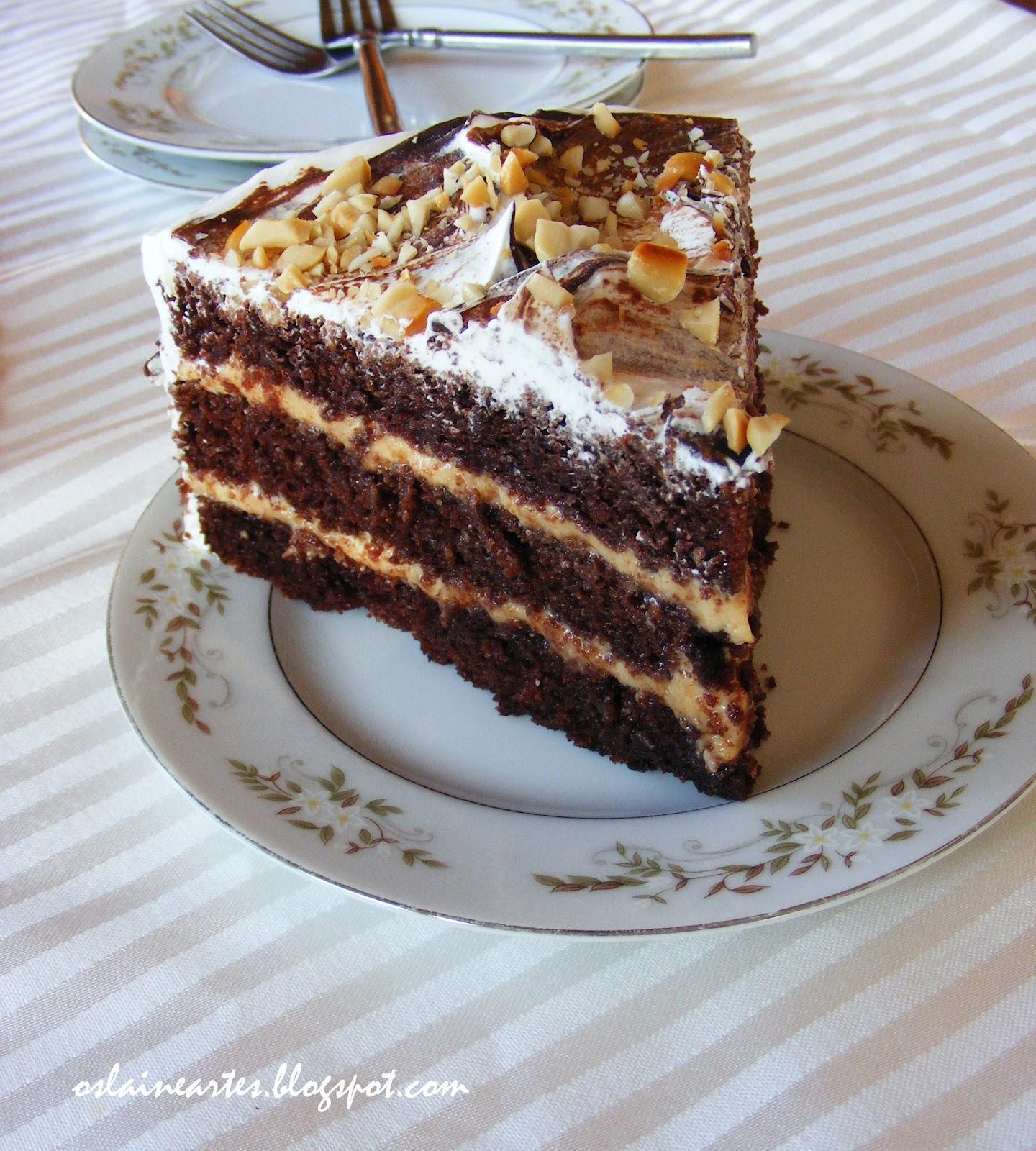 <b>Bolo</b> de Aniversário de Chocolate com <b>Recheio</b> de <b>Amendoim</b> - Fazendo <b>...</b> 2014