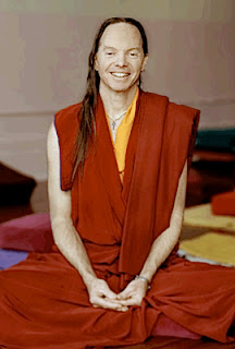 Геше Майкл Роуч - тибетский монах и миллионер