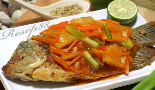 Pepes Ikan Gurame Goreng