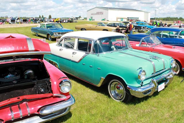 retro 1950s 1940s vintage car old school