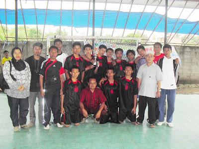 Juara 1 Futsal Tingkat SMA/SMK Se-Kab.Bogor (April 2011)