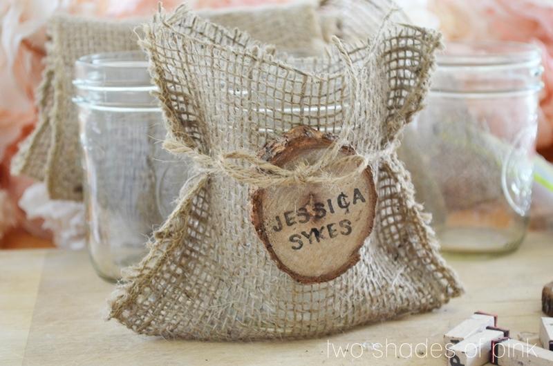 D I Y Burlap Bags Mason Jar Favors