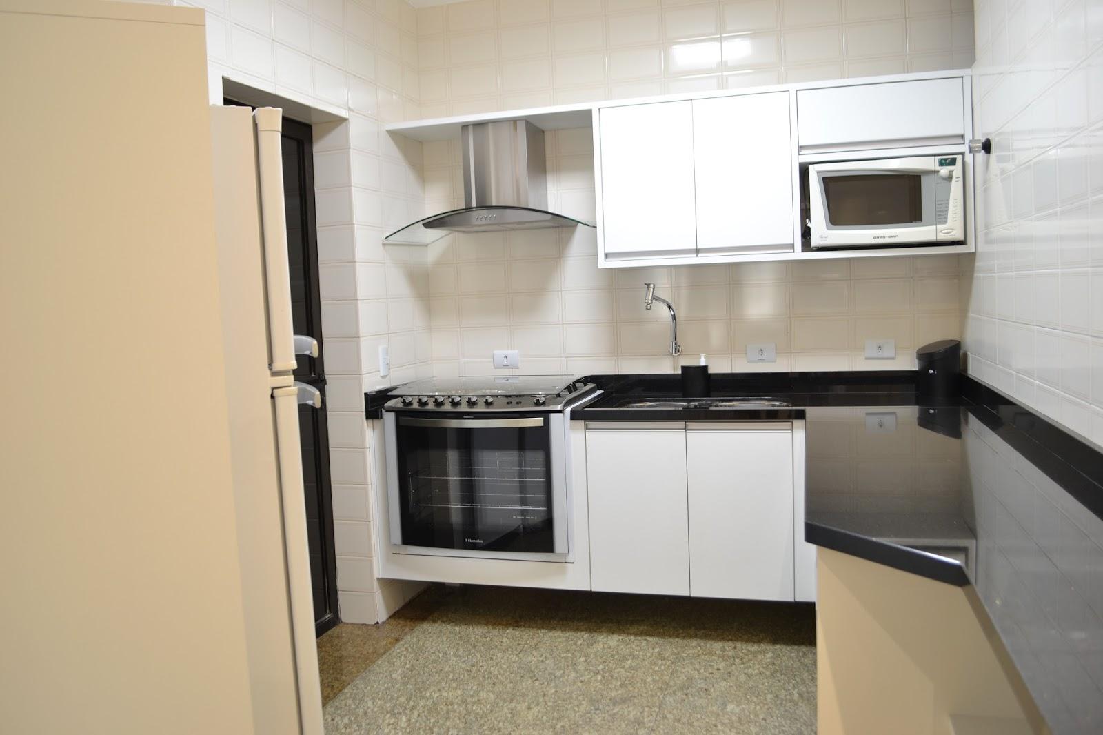 Roberto Moreira: Reforma Edifício Residencial #876E44 1600 1066