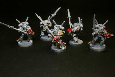 escuadra interceptora de los caballeros grises de Warhammer 40000