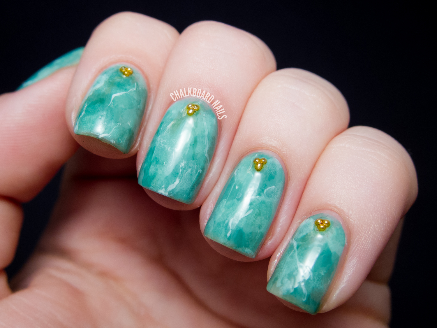 31DC2013 Day 04: Green Jade Nails | Chalkboard Nails | Nail Art Blog