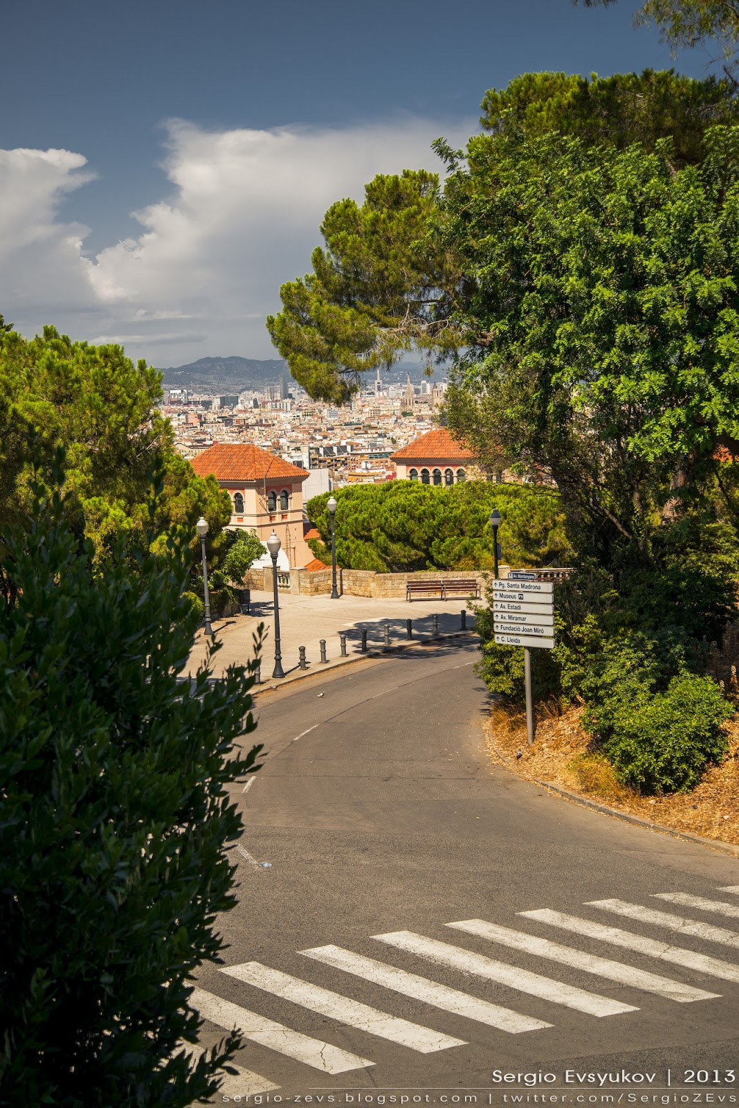 The road on the mountain of Montjuïc