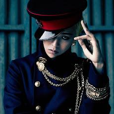 G-Dragon Official FB