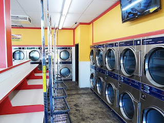 Usaha sampingan wanita karir jasa laundry image