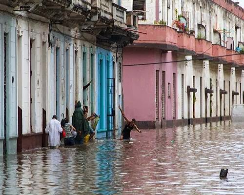 havana_flooding_cuba_photo
