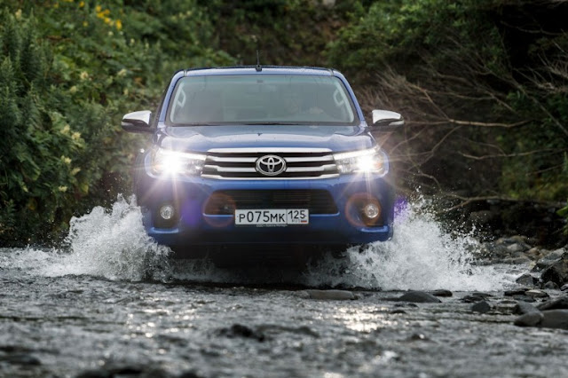 Toyota Hilux 2015-2016