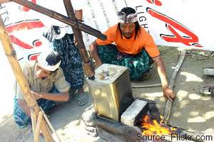 Drink Arak Bali that is still pure, can be obtained directly from the manufacturer in Karangasem regency