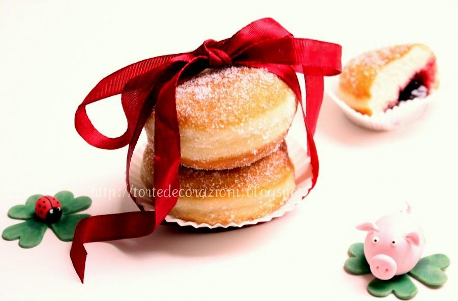 Torte e decorazioni krapfen e porta fortuna - I porta fortuna ...