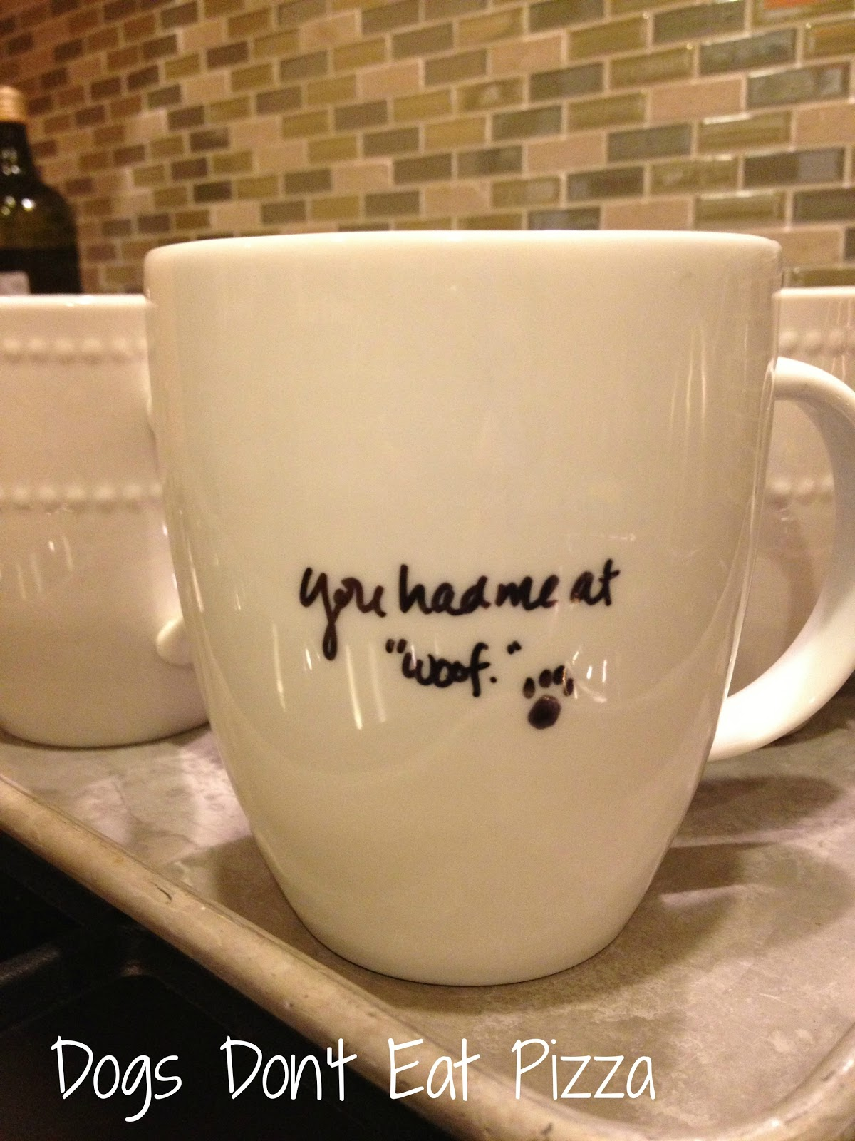 DIY Sharpie Mugs - Easy and Inexpensive Holiday Decorations and Gifts - thediybungalow.com