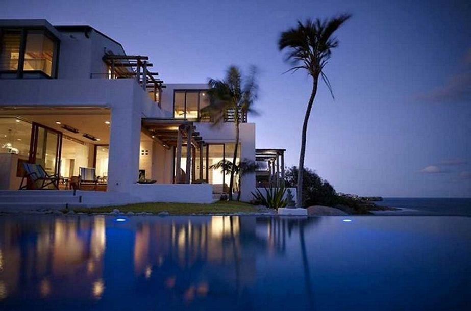 gambar rumah di pantai kreatif